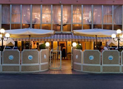 Primo sole 1 gratis in hotel a cervia offerte italiaabc for Primo hotel in cabina