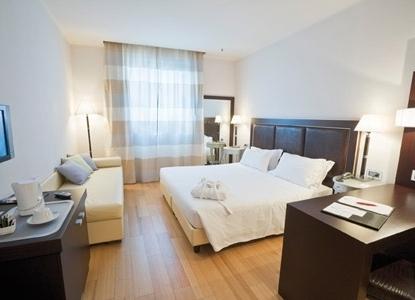 Hotel Canada Nel Centro Di Milano Italiaabc